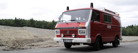 Unser Einsatzfahrzeug auf einer Grabungsstelle bei Bad Schwalbach im Taunus