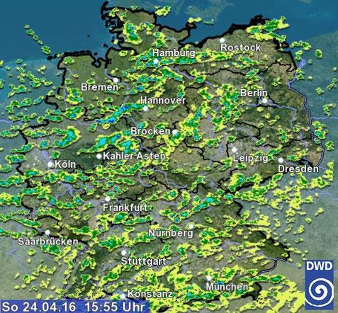 Abb. 1 | Typisches Radarbild bei wechselhaftem Schauerwetter. | © Deutscher Wetterdienst