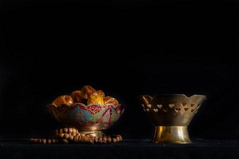 """Traditionell wird das tägliche Fastenbrechen (""""Iftar"""") mit Datteln und Wasser beendet"""