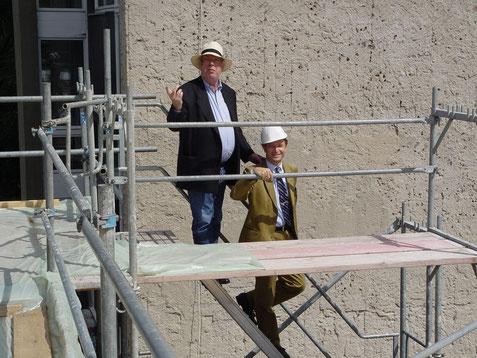 Baustelle der Akademie am Hanseatenweg mit Architekt Jürgen Sawade