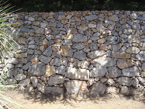 dry-stone-wall-restaured