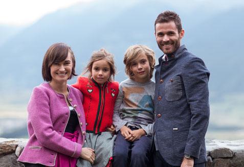 Ihre Gastgeber Roland, Melanie & Familie Clara - Garni Hotel Clara Das B&B am Kronplatz