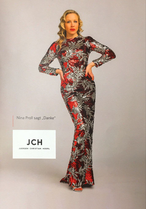 What a Diva in this dress by JCH Juergen Christian Hoerl Designer Fashion Mode Cocktailkleid aus Wien Vorstadtlieder Nina Proll