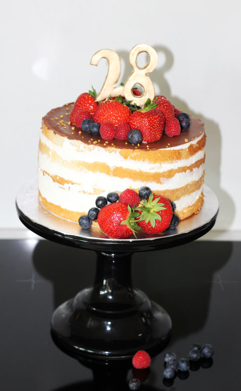Naked Cake - Danielas Cake Dream