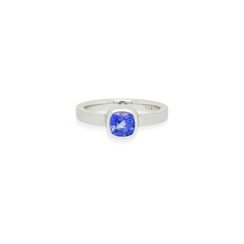 sri-lanka-blauer-saphir-platin-ring-goldschmiede-atelier-herzog-handmade-in-austria