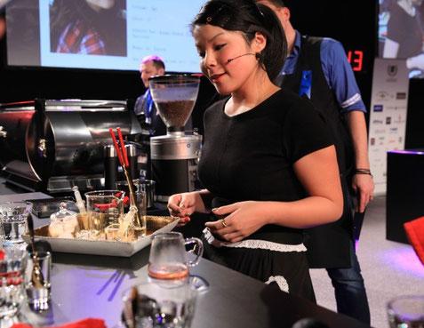 Die grosse Gewinnerin an den diesjährigen Schweizer Barista Meisterschaften heisst Emi Fukahori.