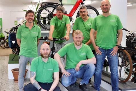 Pedlecs und Speed-Pedelecs anschauen, probefahren und kaufen in der e-motion e-Bike Welt in Berlin-Steglitz