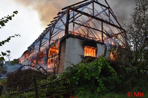 Feuerwehr, Blaulicht, FF Rabenstein, Brand, Landwirtschaftliches Anwesen, Umbach