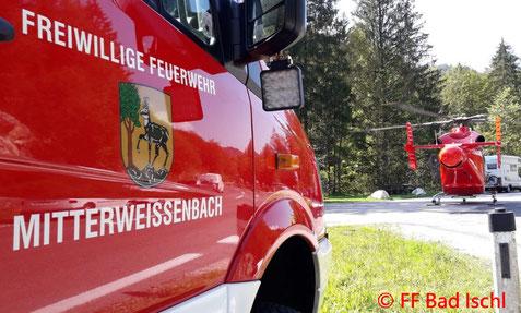 Feuerwehr; Blaulicht; FF Bad Ischl; Unfall; Weißenbachtal; Biker; Motorrad;