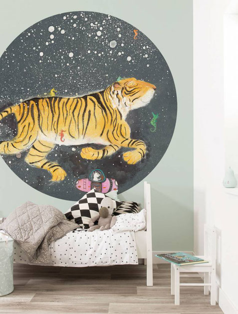 Rundes Tapetenpaneel mit Tiger