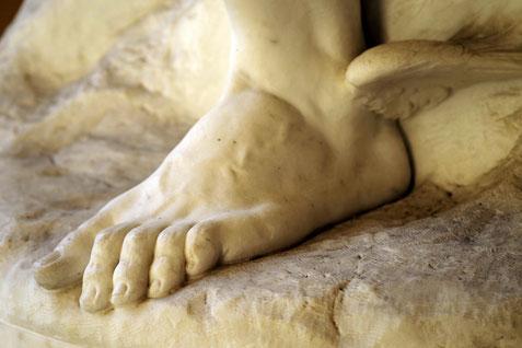 Le pied d'Hermes, messager ailé