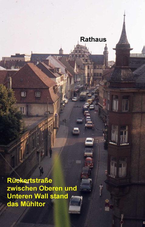 Blick in die Rückertstraße - das Hotel u. Restaurant Baier steht noch links