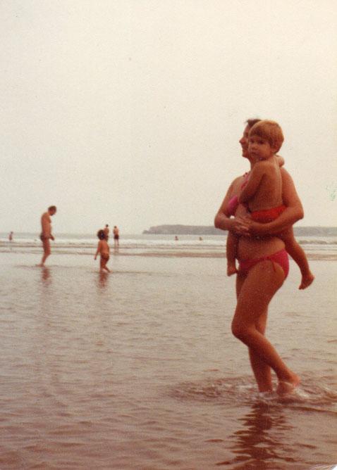¡ Playa, playita ! F. Pedro. P. Privada.
