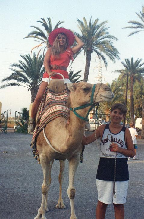 A lomos del camello. F. Pedro.