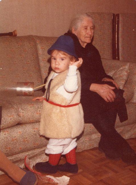 La abuela Genara.
