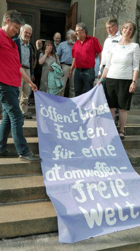 Berlin, Französische Kirche, 5.8.2016, Wolfgang Schlupp-Hauck, Beate Engelke, Dr. Matthias Engelke und andere