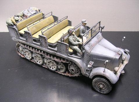 Aufgehelltes Panzergrau, Gerödel und Fahrerfiguren