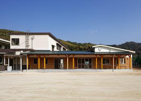 日積小学校管理特別教室棟改築工事
