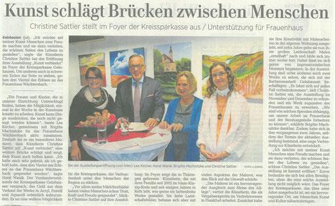 Kunst, Presse, GNZ, Rede, Vorstand, Sparkasse, Frauenhaus, Vernissage, 4 Menschen, 4 Bilder im Hintergrund