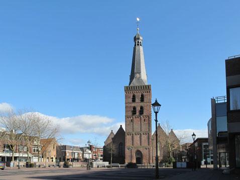 oude kerk in Barneveld waar Jan van Schaffelaar af sprong. Hier is brouwerij Het Platte Harnas naar vernoemd