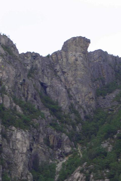 Der Berg mit dem Gesicht oben rechts