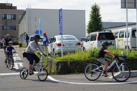 様々な自転車で参加