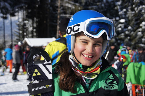 Magdalena Erlacher 2. Rang beim Slalom am Hrastlift