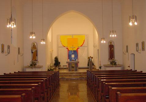 Innenansicht der Herz Jesu Kirche nach der Renovierung