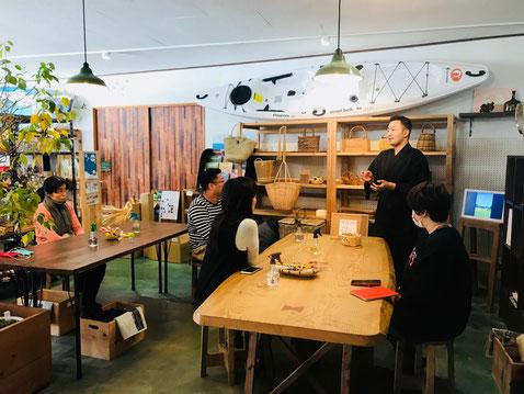 隠岐の島 京見屋分店 かごづくりワークショップ開催