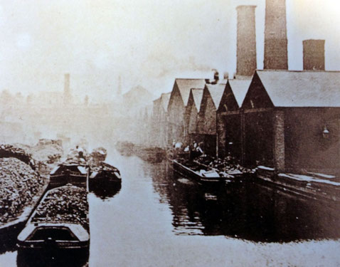 The Oozells Loop (Birmingham Canal Old main Line) - image from BirminghamLive