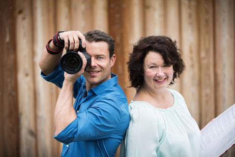 Hochzeitsfotograf und Hochzeitsrednerin, Dienstleister für Hochzeiten, Hochzeitsfotos und Hochzeitsrede, Begeisterter Hochzeitsfotograf und Hochzeitsfotografin