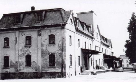 Das BHG Gebäude in der Kirchgasse Quelle: Bildarchiv der Gemeinde Burkhardtsdorf