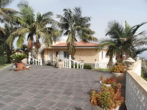 Lusanwesen mit Wohnhaus und Finca zum Kauf auf Teneriffa in ruhiger Lage im Norden auf Teneriffa in La Orotava im Ortsteil La Luz