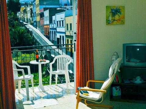 Ferienwohnungen zum mieten für den Urlaub in zentraler Lage von Puerto de la Cruz auf teneriffa mit Balkon