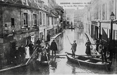 Crue de l'Aisne de 1910, à Soissons, rue du Plat d'Etain