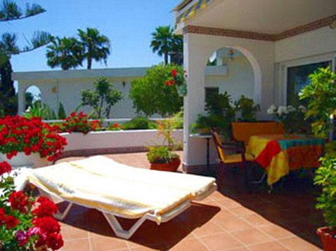 Ferienhaus bei Chayofa in La Florida mit Meerblick auf teneriffa in ruhiger Lage.