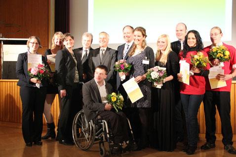• BMBF-Staatssekretär Dr. Helge Braun und DSW-Generalsekretär Achim Meyer auf der Heyde zeichnen Preisträgerinnen und Preisträger aus