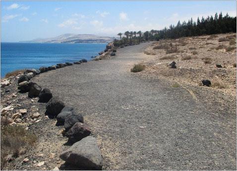 Das Erkunden bislang unbekannter Straßen macht es so unvergleichlich. Im Bild: Fuerteventura