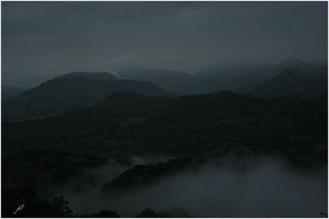 Pluie sur la vallée d'Alçay © JLS