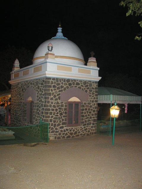 Meher Baba's Tomb, U.Meherabad, India