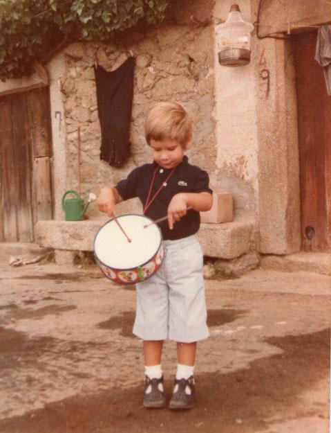 Y..........Toco el tambor.