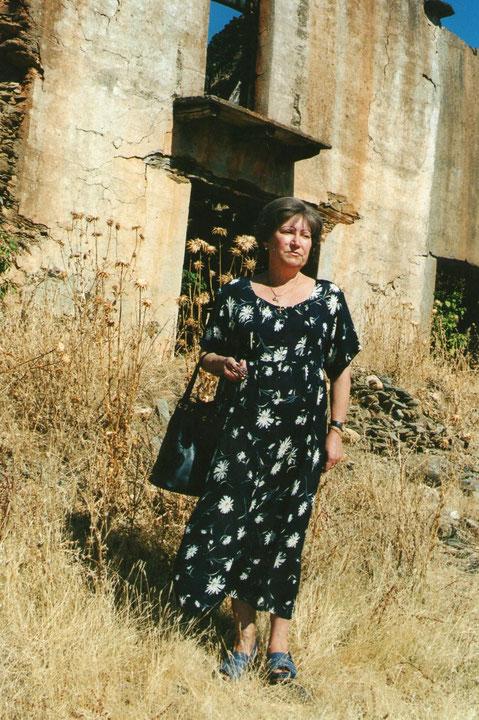 Carmen en la casa de tia Conce.