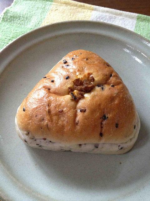 これが和良の乾物ドライカレーお焼きパン