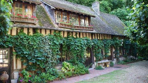 Moulin d'andé (27430) - Eure / Normandie - Hébergement en pension complète possible
