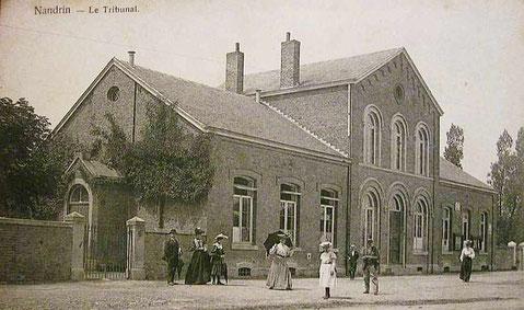 Le tribunal début 1900