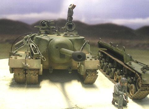 Die Geschützkalotte hatte eine Panzerung von 180mm Gußstahl.