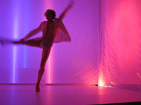 """""""Tanzen ist die Poesie des Fußes."""" John Dryden (1631-1700), engl. Dichter"""