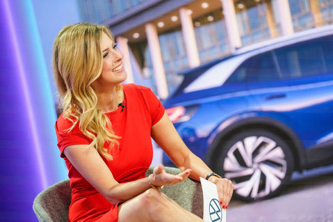 Moderatorin Maxi Sarwas Web TV Moderatorin
