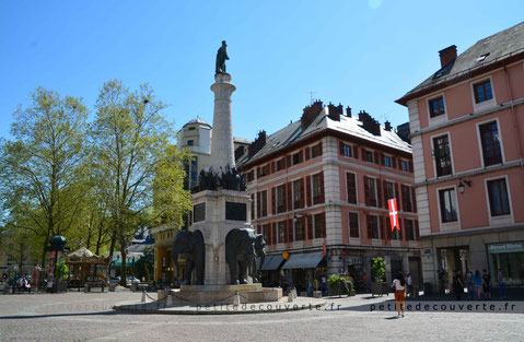 Fontaine des Eléphants  Chambéry Savoie