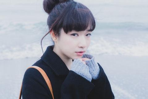 寒くて腰椎ヘルニアが痛む奈良県御所市の女性